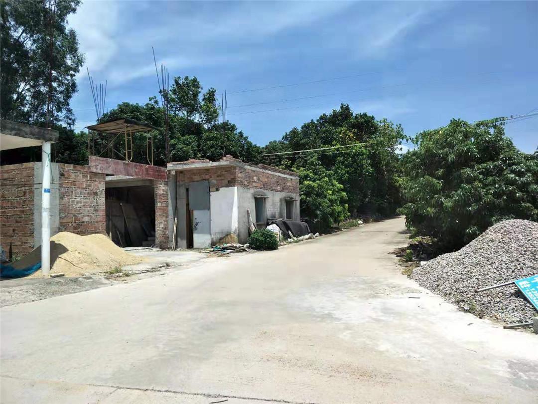 茂名电白:一村民违规建房被查处叫停